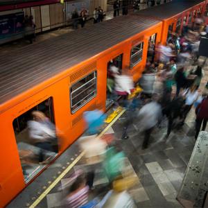 REYES metro
