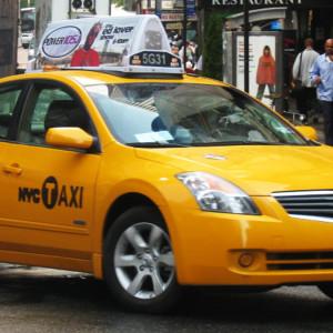 nissan_hybrid_taxi